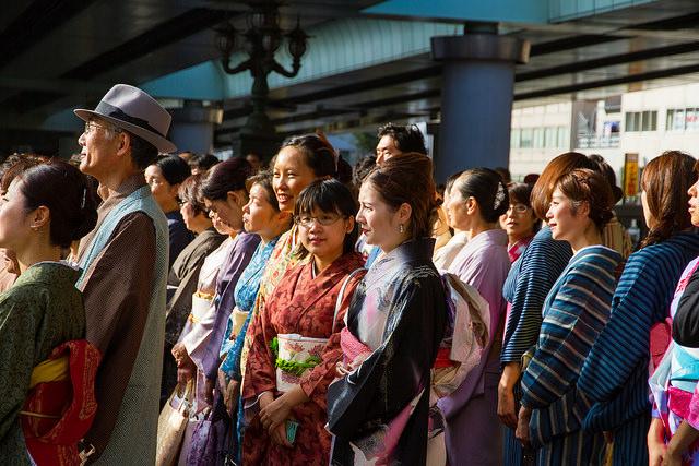dressing kimono2